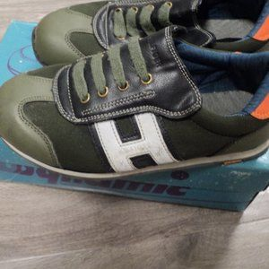 Green Tommy Hilfiger Women's Tennis shoes size 6